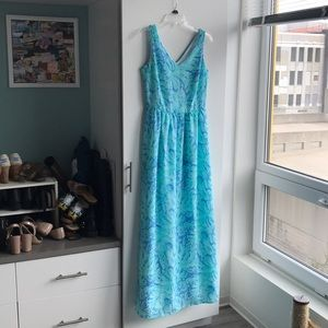NWOT Vineyard Vines Blue Palm Leaf Maxi Size 4